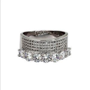 Fashion silver luxury crystal ring